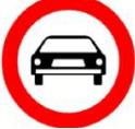 תמרור תנועה, בצורת עיגול אדום במסגרת ורקע לבן בתוכו. על הרקע הלבן אייקון של רכב בצבע שחור. התמרור מורה על: אסורה הכניסה לרכב מנועי, למעט רכב דו - גלגלי