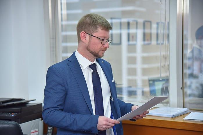 עורך דין בארי מיסקביץ'
